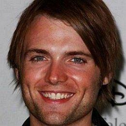 Seth Gabel, Bryce Dallas Howard's Husband