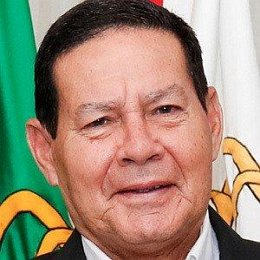 Hamilton Mourão Girlfriends and dating rumors