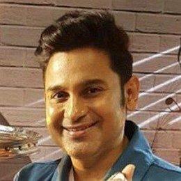 Manoj Muntashir Girlfriends and dating rumors