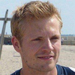 Niklas Osterloh Girlfriends and dating rumors